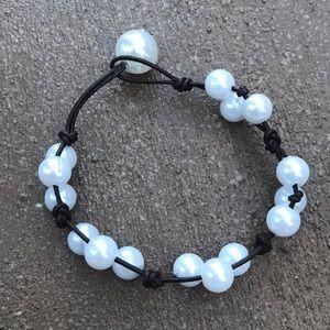 Jewelry - Brown Triple pearl bracelet